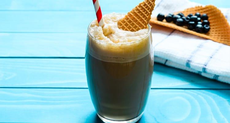 Smoothie de Café, Plátano y Avena - Receta Fría de Verano